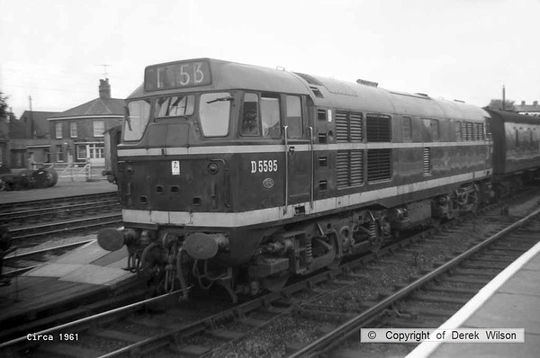Brush type 2, no. D5595 at Lowestoft. It later became class 31 no. 31175 & was withdrawn from service in March 1987. circa 1961