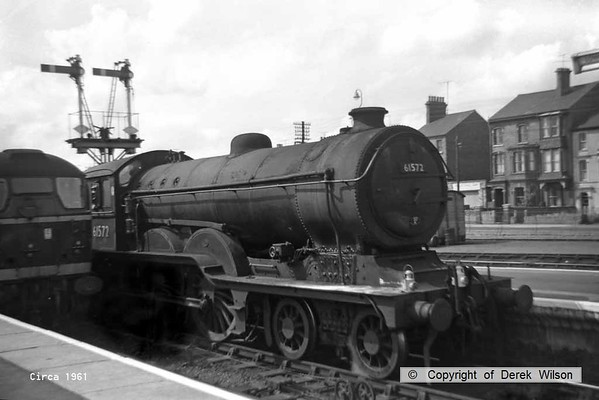 BR (LNER) class B12 4-6-0 no. 61572 is seen at Lowestoft in late July or early August 1961, shortly before being withdrawn from traffic in September of that year. It was one of ten built by the LNER in 1928 to a GER Holden design. In all 81 loco's were built, 71 by the GER plus the 10 LNER examples. This was the last class member to be withdrawn & luckily it entered into preservation.