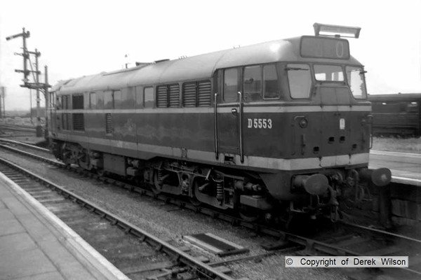 Brush Traction type 2 no. D5553 is seen at Yarmouth South Town. Became class 31 under 'tops' & renumbered 31135 in February 1974.   circa 1961