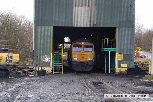141216-049     GB Railfreight class 66/7 no 66759 is seen propelling a rake of hoppers under the rapid loader at Thoresby colliery, forming train 6F56, 14.15 Thoresby colliery to Cottam power station.