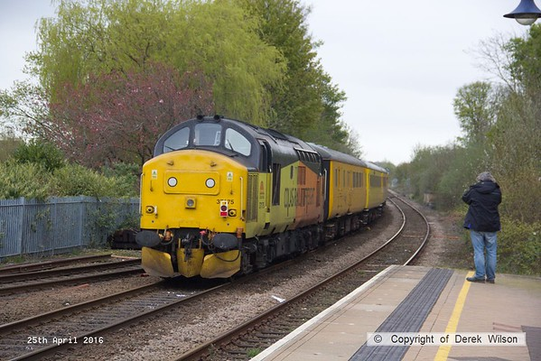 160425-036     Network Rail test train 1Q05, 08.34 Derby R.T.C. to Derby R.T.C. is captured passing through Mansfield Woodhouse, powered by Colas Rail class 37's no's 37421 & 37175, in 'top & tail' mode.