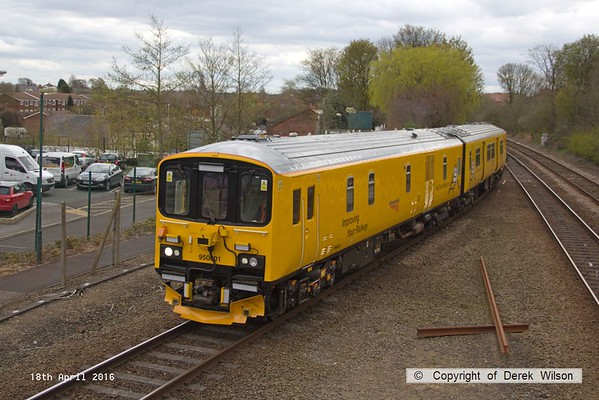 160418-004     Network Rail's unique track recording unit, class 950 no 950001, seen arriving at Mansfield Woodhouse with 2Q08, 11.45 Chesterfield to Derby R.T.C., via Nottingham and the Robin Hood Line, as far as Mansfield Woodhouse.